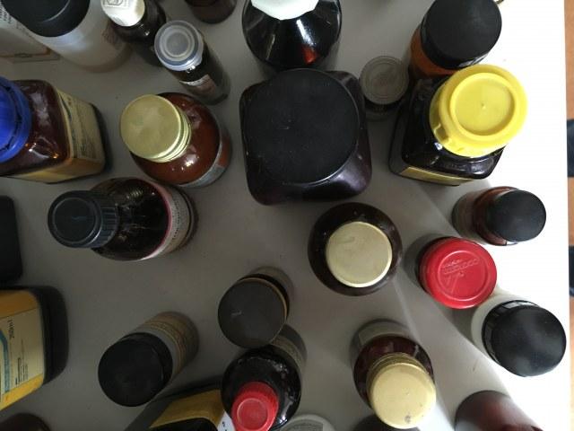Chemikalien. Foto v. T. Walter & C. Behnke