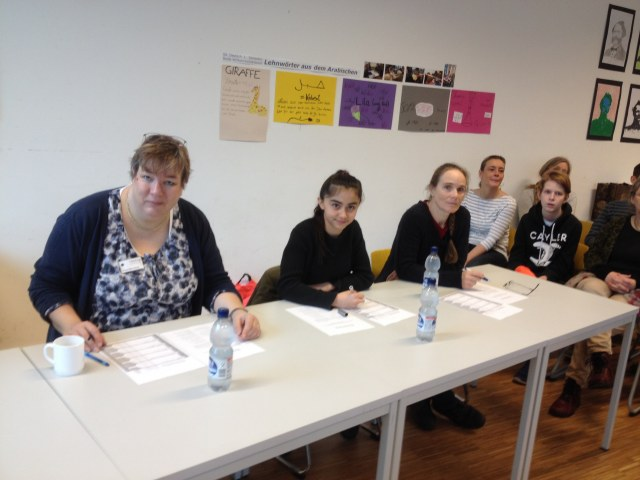 Jury: Ela Aras (Mitte) Frau Bruns (rechts)